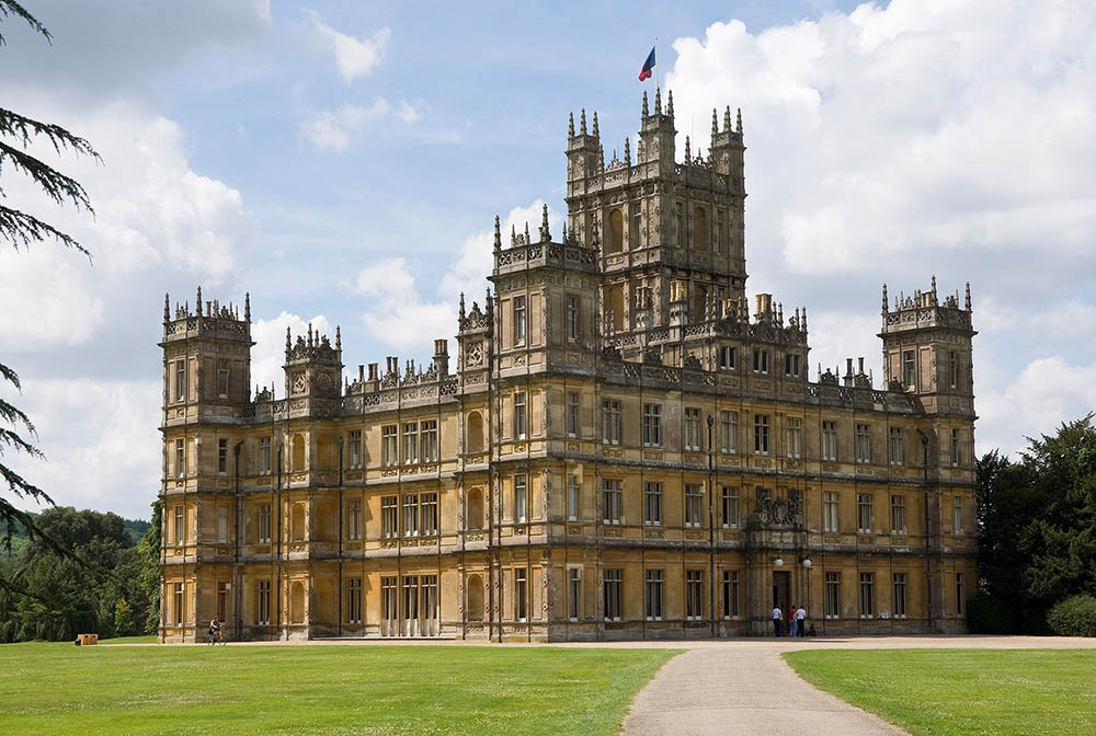 highclere-castle-newbury-berkshire-downton-abbey